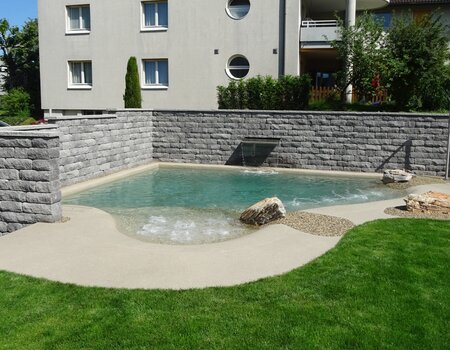 Swiss Spa Pool vom Gartenbau Stans